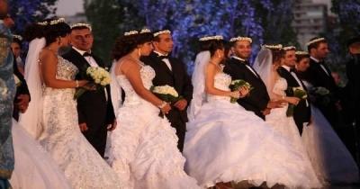 زفاف جماعي لـ34 ثنائيَا بينهم 23 عنصراً امنياً